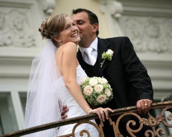https://cf.ltkcdn.net/french/images/slide/124820-500x400-romantic4.jpg