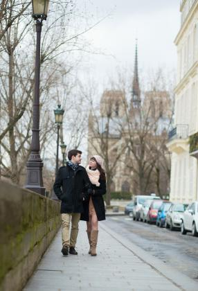 couple walking in France