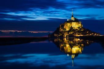 https://cf.ltkcdn.net/french/images/slide/167789-849x565-Mont-Saint-Michel.jpg