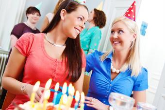 https://cf.ltkcdn.net/french/images/slide/184955-850x564-birthday-party.jpg