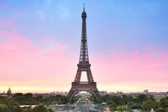 Sunrise in trocadero place with the beautiful Eiffel Tower
