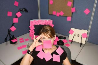 https://cf.ltkcdn.net/fun/images/slide/201821-850x567-Woman-covered-with-sticky-notes.jpg