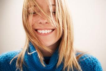 https://cf.ltkcdn.net/fun/images/slide/201829-850x567-Young-woman.jpg