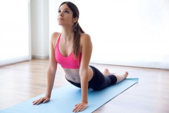 https://cf.ltkcdn.net/fun/images/slide/201833-850x567-Woman-doing-exercise.jpg