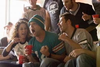 How to Sound Like a Football Expert at Your Super Bowl Party