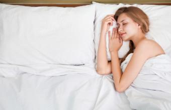 6 Sleeping Tricks That Will Make You Look Younger