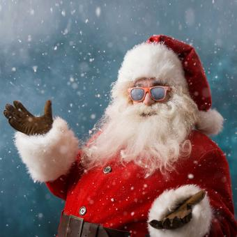 https://cf.ltkcdn.net/fun/images/slide/207183-850x850-Santa-with-sunglasses.jpg