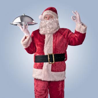 https://cf.ltkcdn.net/fun/images/slide/207196-850x850-Santa-Chef.jpg