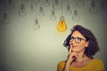 https://cf.ltkcdn.net/fun/images/slide/210421-850x567-Light-idea-bulb.jpg