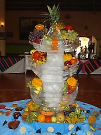 "Fruit in Ice ""Cake"""