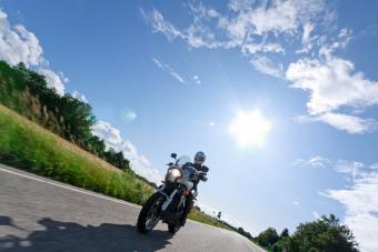 https://cf.ltkcdn.net/fun/images/slide/216436-704x469-Motorcycle.jpg