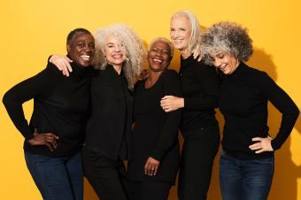 https://cf.ltkcdn.net/fun/images/slide/233852-850x566-group-of-smiling-senior-women.jpg