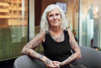 https://cf.ltkcdn.net/fun/images/slide/233855-850x567-tattooed-senior-woman.jpg