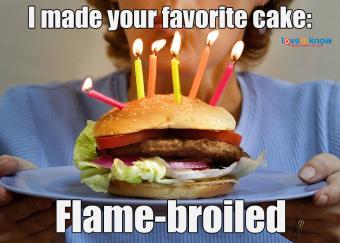 https://cf.ltkcdn.net/fun/images/slide/234005-850x607-8-hamburguer-cake.jpg