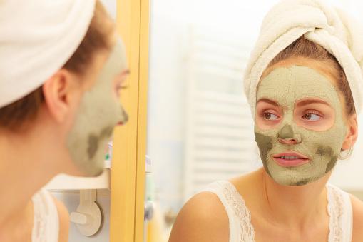 Green mud mask