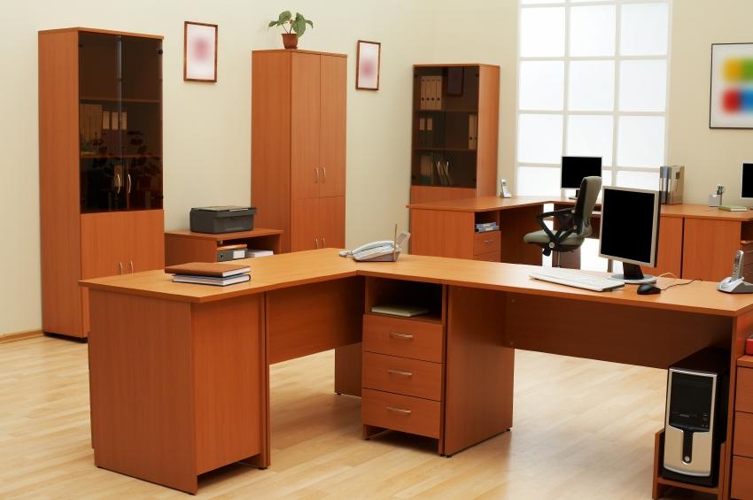 L_Shape_Desk.JPG