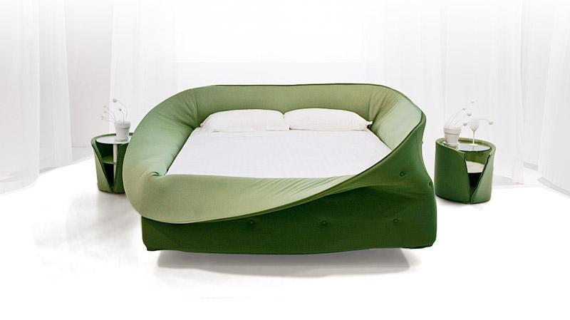 https://cf.ltkcdn.net/furniture/images/slide/171462-800x449-Lago-Colletto-bed.jpg