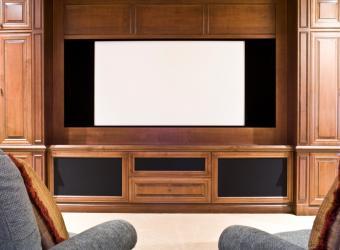 https://cf.ltkcdn.net/furniture/images/slide/107817-808x594-Media-7.jpg