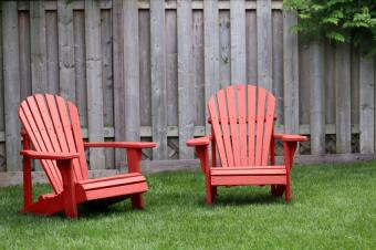 https://cf.ltkcdn.net/furniture/images/slide/107862-849x565-Red-Adirnon.jpg