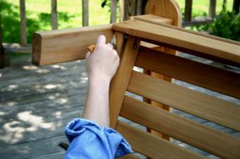 https://cf.ltkcdn.net/furniture/images/slide/107865-849x565-Brusch.jpg