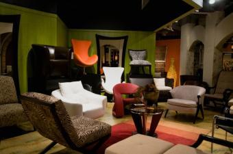 https://cf.ltkcdn.net/furniture/images/slide/107914-850x563-furniture_showroom.JPG
