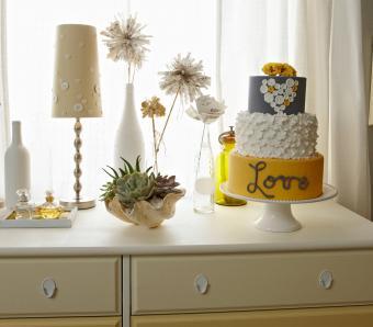 https://cf.ltkcdn.net/furniture/images/slide/249797-850x744-2-simple-creative-ideas-furniture.jpg