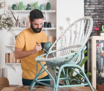 https://cf.ltkcdn.net/furniture/images/slide/249798-850x744-3-simple-creative-ideas-furniture.jpg