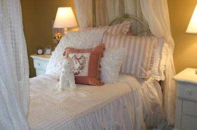 Make Your Own Canopy Bed Lovetoknow
