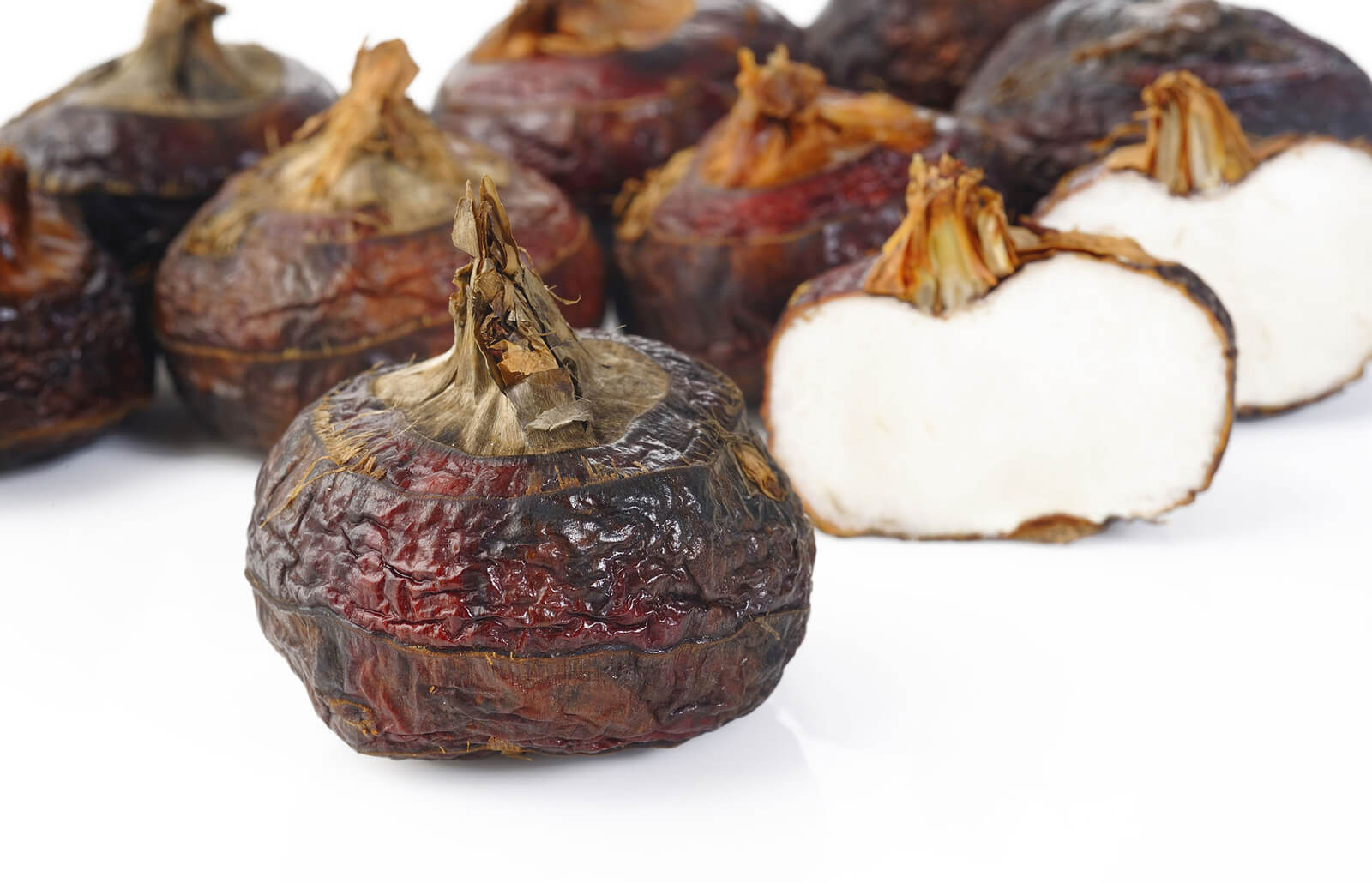 Water Chestnut Growth, Care, and Use | LoveToKnow