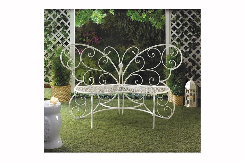 https://cf.ltkcdn.net/garden/images/slide/174484-850x565-bench-butterfly.jpg