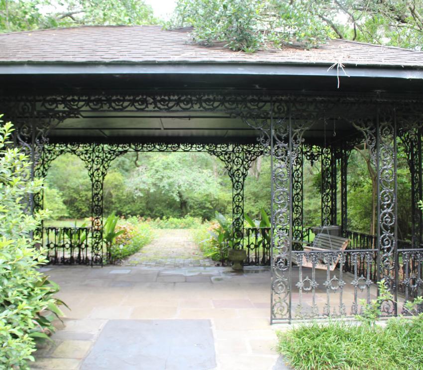 https://cf.ltkcdn.net/garden/images/slide/258171-850x744-10-bellingrath-gardens-alabama.jpg