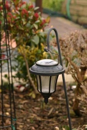 hanging solar garden lamp