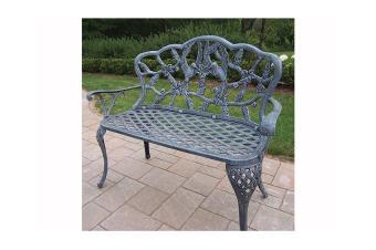 https://cf.ltkcdn.net/garden/images/slide/174483-850x565-bench-wrought-iron.jpg