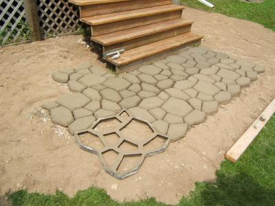 Making your own pavers from molds is easy.