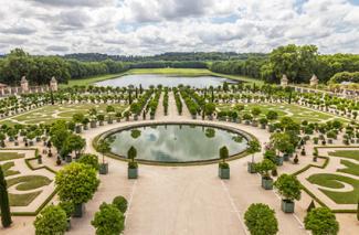 Garden in Versailles Palace