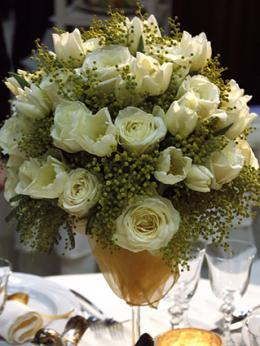 Formal flower arrangement