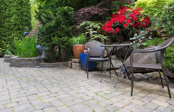Patio Paver Calculator For Square And Round Designs Lovetoknow