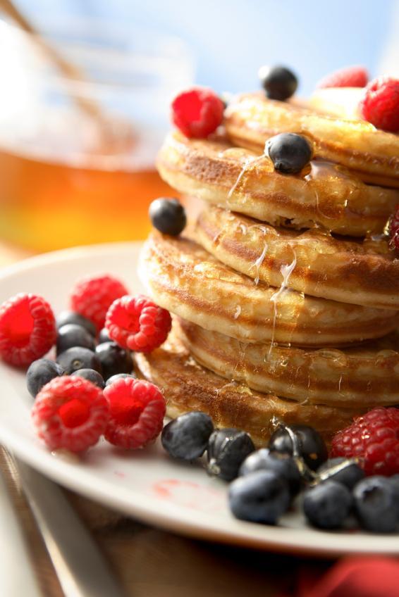 https://cf.ltkcdn.net/gluten/images/slide/75414-566x848-berrytopped.jpg