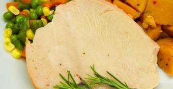 Mom's Meals gluten free turkey meal