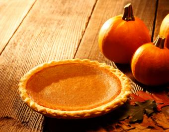 https://cf.ltkcdn.net/gluten/images/slide/181672-850x668-pumpkin-pie.jpg