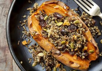 https://cf.ltkcdn.net/gluten/images/slide/258351-850x595-Sweet_Potato_Wild_Rice.jpg