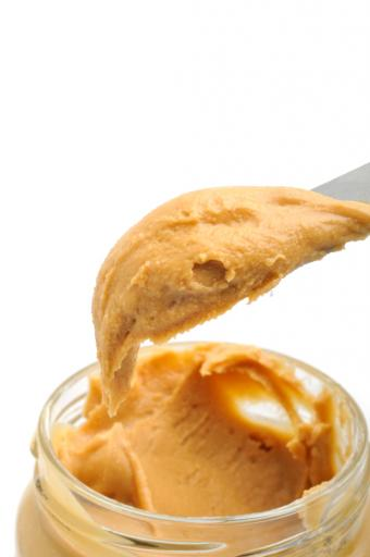 https://cf.ltkcdn.net/gluten/images/slide/75362-565x850-peanutbutter.jpg