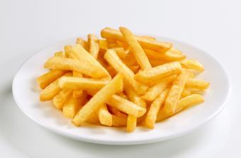 https://cf.ltkcdn.net/gluten/images/slide/75379-850x558-frenchfries.jpg