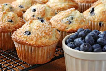 https://cf.ltkcdn.net/gluten/images/slide/75415-847x567-blueberrymuffins.jpg
