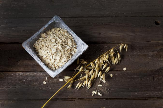 Bowl with oat flakes
