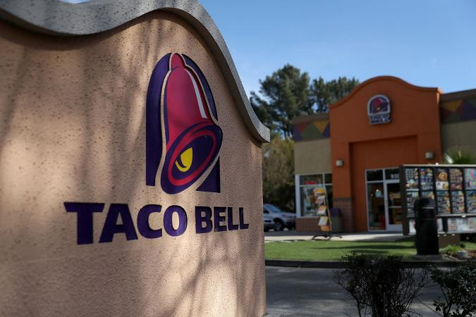 Taco Bell restaurant in Novato, California