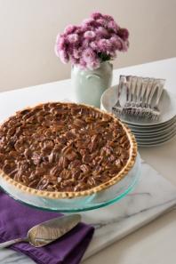 Pecan Pie with Flowers