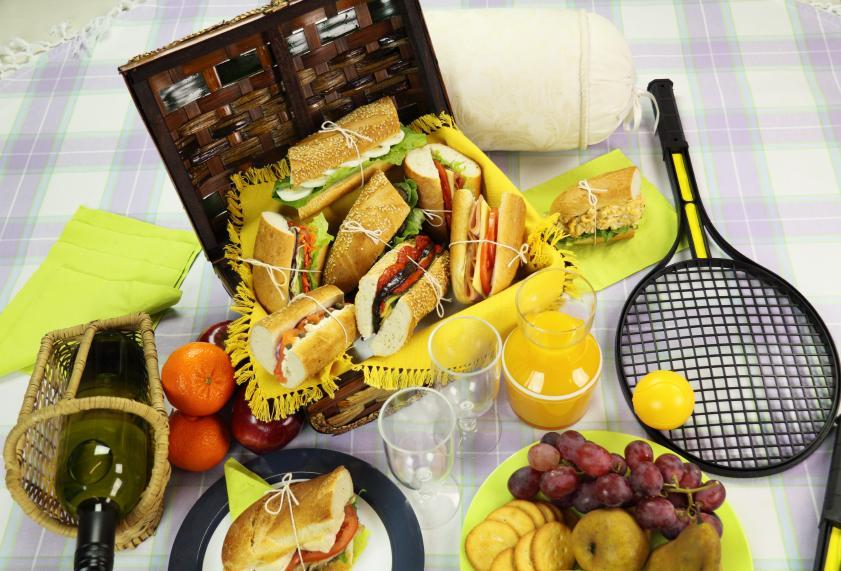 https://cf.ltkcdn.net/gourmet/images/slide/108095-841x571-Sandwiches.jpg