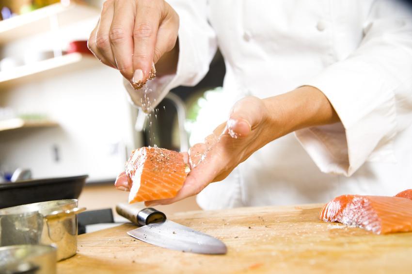 https://cf.ltkcdn.net/gourmet/images/slide/108112-850x565-Narezushi_.jpg