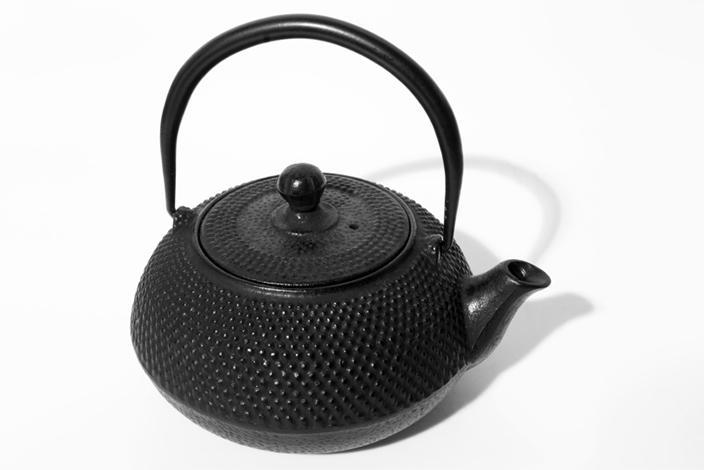 https://cf.ltkcdn.net/gourmet/images/slide/229828-704x470-Tea-Pot.jpg